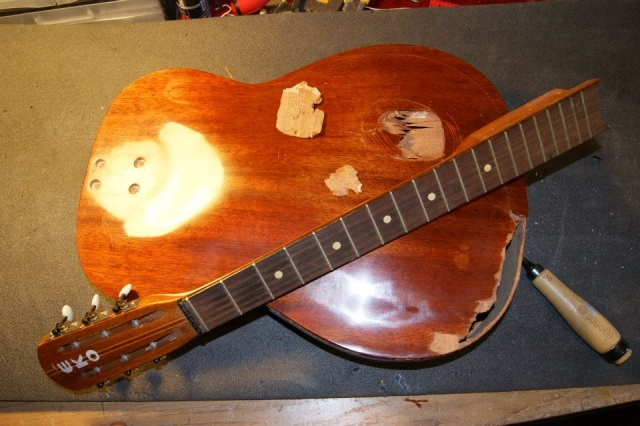 Luthier marseille restauration instrument